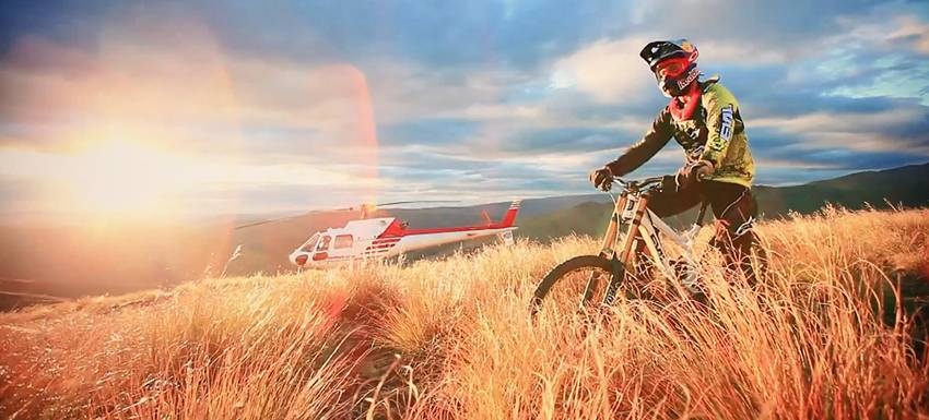 Downhill-MTB-in-New-Zealand